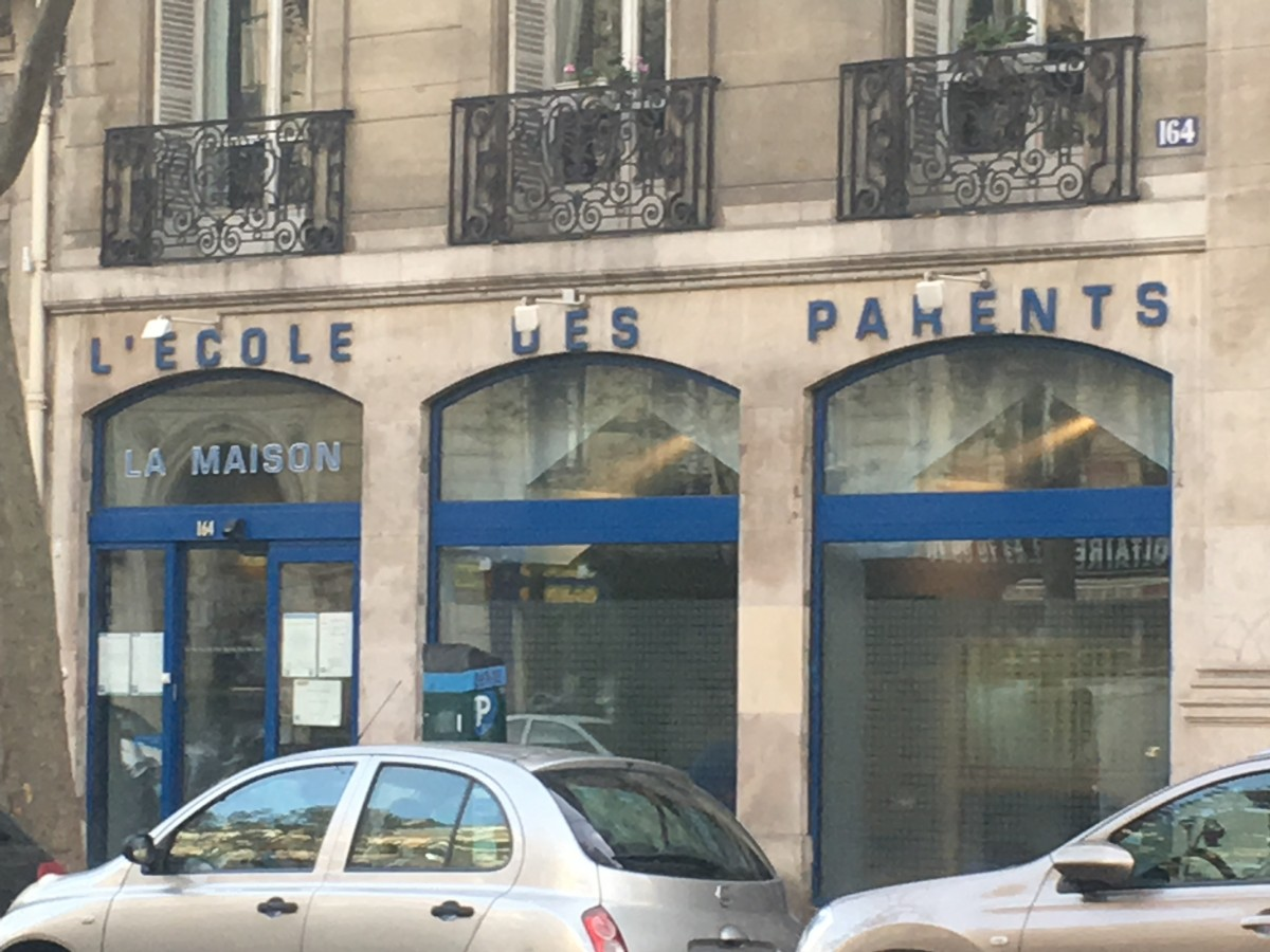 Ecole des parents — The Cheapest University